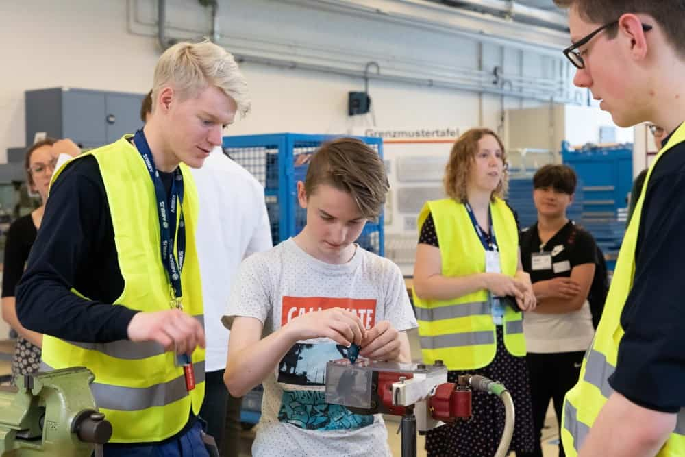 Corporate Volunteering: Beitrag für die Gesellschaft und wirtschaftlicher Nutzen zugleich