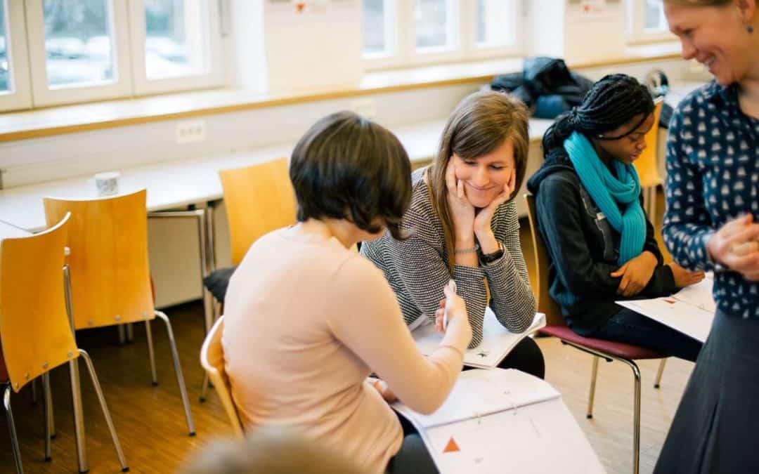 Bildungsgerechtigkeit durch besser qualifizierte Lehrer? Die Meinung der Bundesregierung zum Bildungsbericht 2018